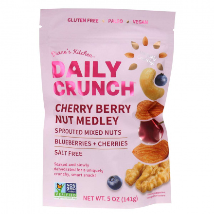 Front of Daily Crunch Snacks Cherry Berry Nut Medley, 141g